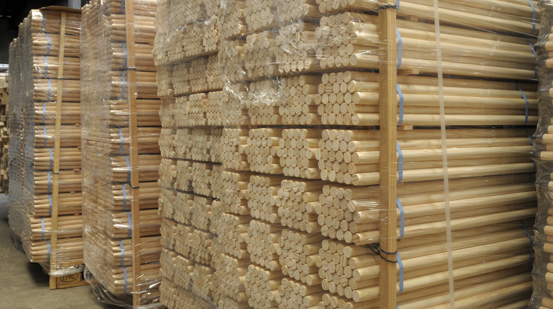 Vigne Fr u00e8res, Fabrication artisanale de manches d'outils  # Fabricant Laine De Bois